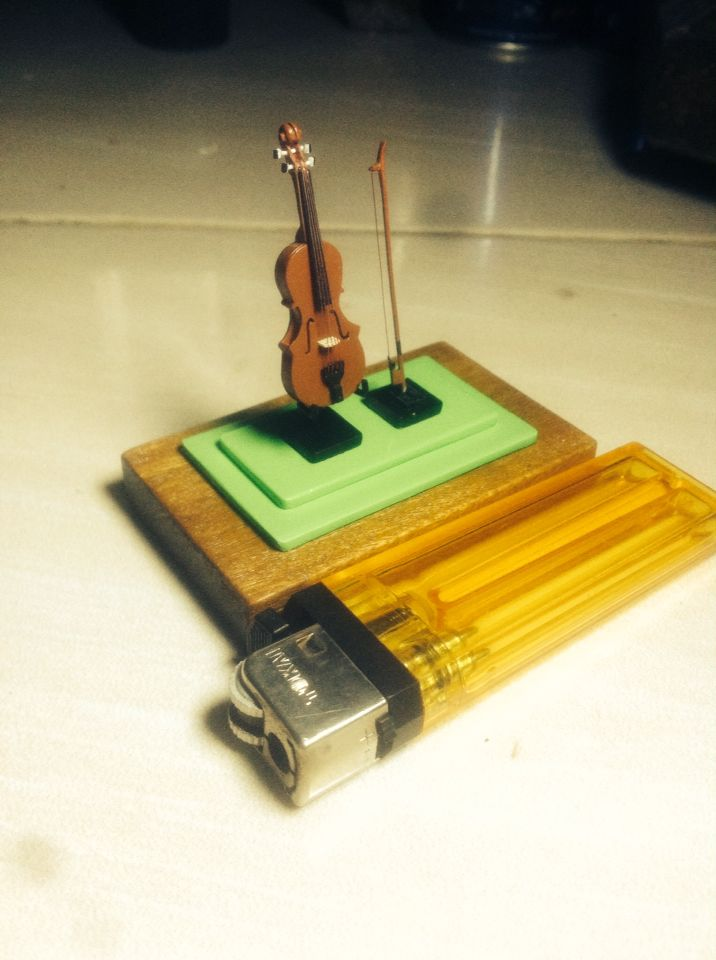 diecast miniiatur biola gitar maket creator, maketcreator.com